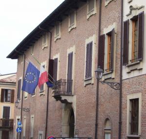 Palazzo Patigno - ingresso Via G. Monti