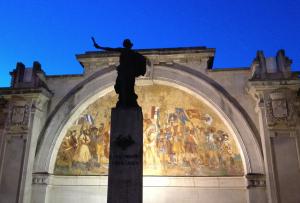 Piazza del Popolo - Monumento ai Caduti